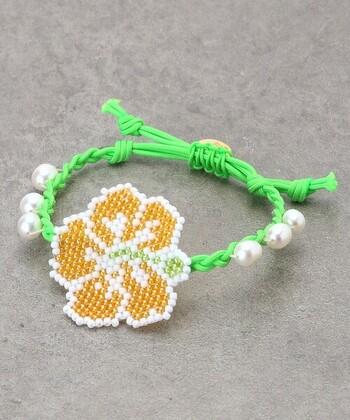 """願いをこめておしゃれにまこう♪刺繍糸とビジューで作る""""ミサンガDIY"""""""