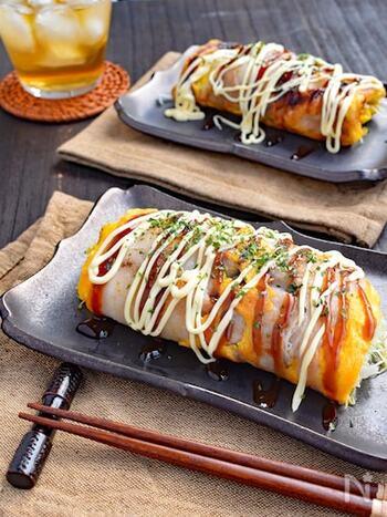 材料は豚バラ肉・キャベツ・卵だけの簡単キャベツ焼きのレシピ。ボリュームはありますが、小麦粉は使わず具はキャベツと豚肉だけなので思ったよりもヘルシーにいただけます。
