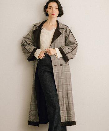 様々な着こなしにマッチするトレンチコートも、秋冬ファッションに欠かせない定番アイテムのひとつ。旬のグレンチェックを取り入れたトレンチコートは、いつものコーディネートに新鮮さをプラスしてくれますよ。