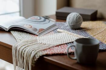 プラントハンガー以外にも!マクラメ編みで作るおしゃれ小物