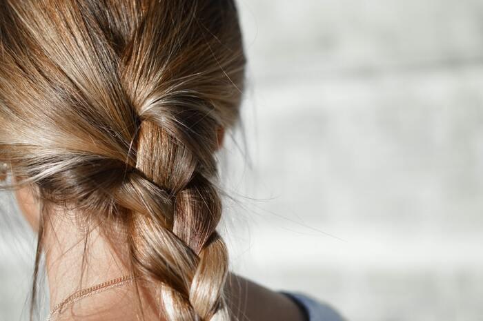 うねり・パサつきとおさらば!「梅雨のヘアケア」で叶える美人髪
