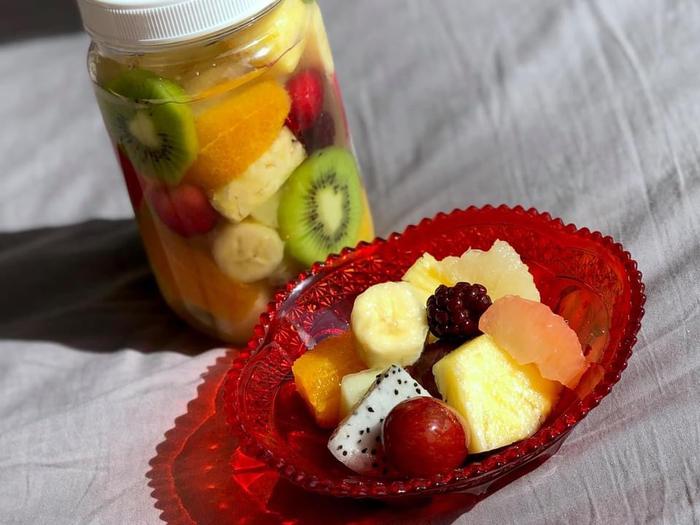 食感や味わいが異なる果物と、甘さ控えめのシロップは最高の組み合わせ。キンキンに冷やしていただけば、大人も子供も笑顔になること間違いなしです。