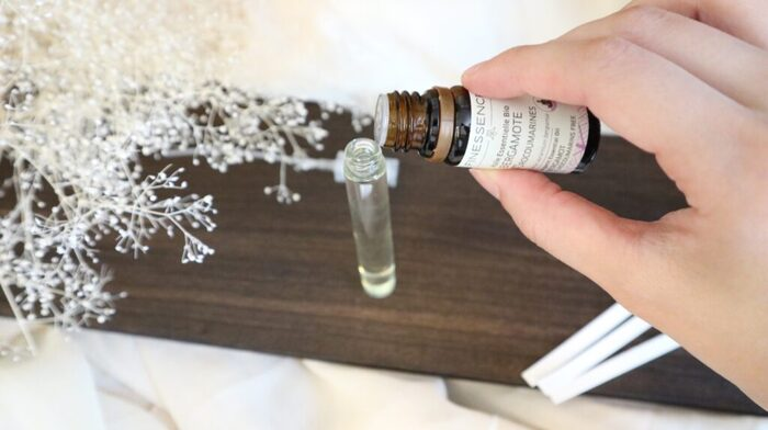世界にひとつの香りを纏う。オリジナル香水の作り方