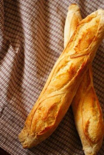 シンプルなのに、味わい深い。フランスパンの種類&基本レシピ