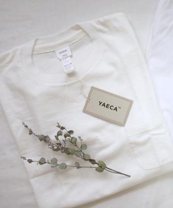 """2002年にスタート日本のファッションブランド「YAECA(ヤエカ)」。日本語にすると""""八重日""""となるブランド名には""""日々重ねて着て欲しい""""という思いが詰まっています。 実用性も機能性も備えた、シンプルで上質、そしてクリーンな印象のお洋服たち。キナリノ読者にもファンが多いブランドです。"""