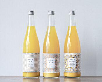 「無茶々園」の柑橘ジュースは、柑橘の美味しさがギュッと詰まったストレートタイプ。香料・保存料などは不使用なところも嬉しいポイントです。温州みかん・甘夏・伊予柑の3種類を飲み比べしてみませんか?