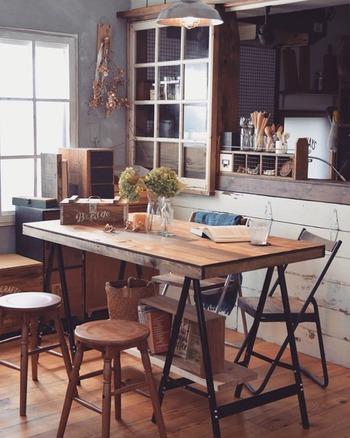 組み立て・解体できる作業台で人気!「馬脚テーブル」DIY入門