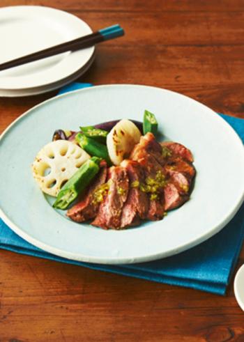 お店の様なコース料理は作れなくても、ちょっと贅沢な一品と美味しいお酒のお祝いも素敵ですよね。やっぱり特別な日には美味しいお肉を♡ローストビーフなら、事前に準備出来るのでゆっくり過ごしたい日のお料理におすすめです。