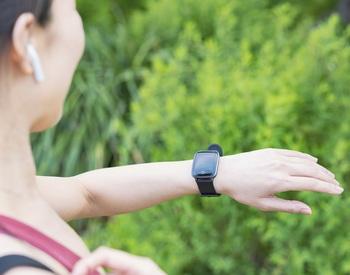 【2021】本気で選ぶ「活動量計(スマートウォッチ)」。血中酸素も測れるおすすめ11選