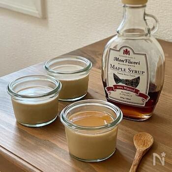 牛乳でコトコトと煮出した大人風味のミルクティプリン。お砂糖控えめなので、お好みでメイプルシロップや練乳をかけて召し上がれ。