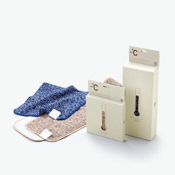 接触冷感素材「ゼロクール」を裏面に使用したひんやりタオルです。日本の最新技術を駆使したタオルで、熱を瞬間的に拡散してくれるそう。