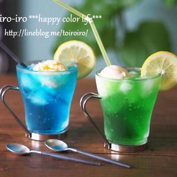 クリームソーダは夏祭りのかき氷を思い浮かべる、どこか懐かしい味。お好みの色のシロップやフルーツで作れば、写真映えも間違いなし♪アクティビティでたくさん遊んで汗をかいた後のデザートとして、格別の一杯になりそうですね◎