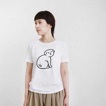 Noritakeさんのゆる〜いイラストに、思わずホッコリしてしまうTシャツ。どこかシュールで独特な世界観に惹きこまれてしまう、Noritakeさんのイラストは、シンプルなのに存在感抜群です。