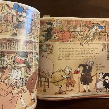 子どもの本といえば、規則やアルファベット、算数、キリスト教の本くらいしかなかった時代に、子どもが楽しめる本を作ろうと決意し、『小さなかわいいポケットブック』を作りました。「子どもが読んで楽しい子どもの本」を、世界で初めて出版したニューベリーの伝記を分かりやすくまとめた絵本です。