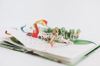 ページをめくるとおおきなしかけが飛び出すしかけ絵本。360度どの角度から見ても楽しめる作りになっているので、絵本をぐるぐると回転させながら夢中になって読んでしまいそう!
