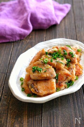 簡単に作れるレシピは、どうしてもお肉料理が多くなってしまいがちですが、こちらはご飯がもりもり食べられそうなお魚レシピ。お魚が苦手な方でも食べやすいので、お子様にも喜んでもらえると思います。