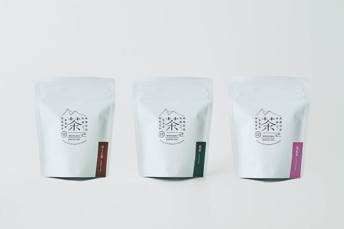 岐阜県東白川村で栽培された、香り豊かな煎茶とほうじ茶、和紅茶のティーバッグのセットです。煎茶とほうじ茶はお湯で入れるほか、冷水で抽出もできます。温度を変えて楽しむのも面白そうです。