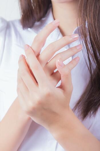 """""""一生もの""""のキレイな自爪を*3つの習慣で叶う「育爪」の方法"""