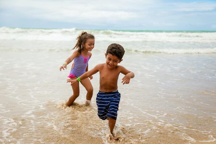 子ども用日焼け止めはどれがいいの?肌に優しい! 大人も使えるおすすめ10選
