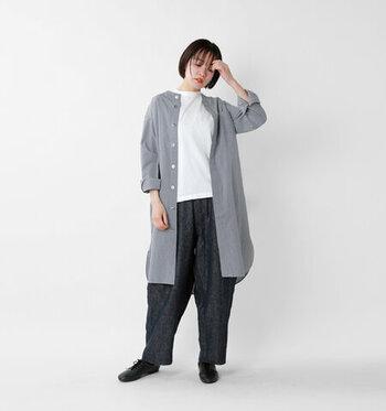 くったりとしたナチュラルな風合いが魅力で、カーディガンやワンピースの下に着ても快適な着心地。夏のコーデに重宝します。