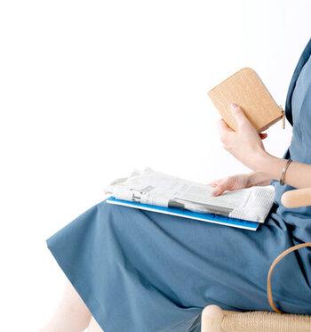 「ベージュ財布」は大人女性にぴったり。風水的にもおすすめの今年の財布を見つけよう