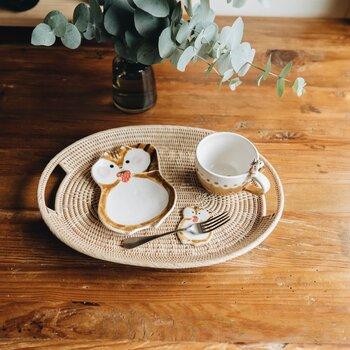 テーブルの上にころん。ゆるくてかわいい「箸置き」に注目!