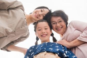 離れていると心配。「シニア世代の親・祖父母」の安全を守る為、私が伝えたいこと