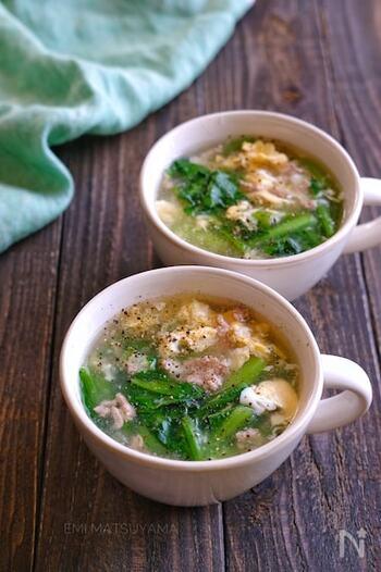 片栗粉でとろみをつけたスープにふんわり卵の癒し系スープ。小松菜もたっぷり入って栄養面もばっちり。