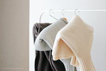 シーズンオフの「ニット・セーター」どうしまう?おすすめの収納方法と便利なアイテム