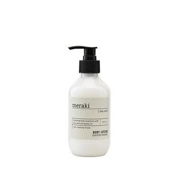 北欧生まれのmerakiの「Body Lotion」は、エコサートにより「COSMOS認証」を受けたオーガニックの保湿成分が贅沢に配合されているところが魅力的。98%以上が自然由来成分で作られているので、安心して普段使いすることができますよ。肌馴染みがよく、べたつかないところも嬉しいポイント。パラベン不使用、SLS(ラウリル硫酸ナトリウム)不使用、合成着色料不使用、天然香料を使用しています。