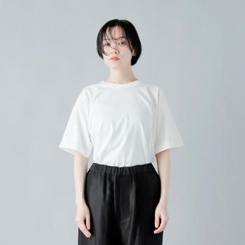 夏の定番!「白Tシャツ」選び方・洗い方・着こなし方