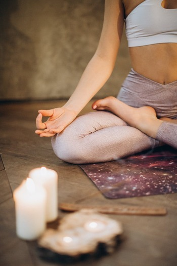 慌ただしい日常を送るあなたへ。心の静けさを取り戻す『ながら瞑想』のすすめ