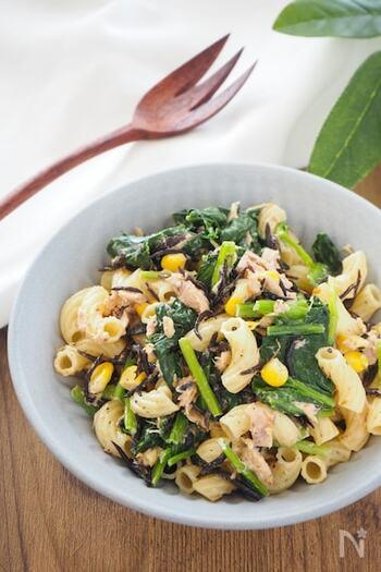 マカロニが入ることで、ボリュームたっぷりのサラダに。ツナの旨味やコーンの甘みなど、色々な食材の良さがマッチしています。もりもり食べたい時にぴったり!