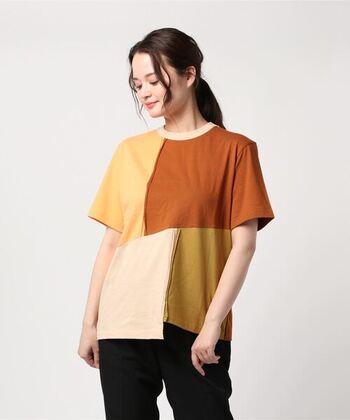 ロンドンを拠点に発信するブランドのレジーナピョウは、どれも独特のデザインでディテールにも拘ったお洋服がいっぱいです。各所に散りばめられたパッチワークのような切り替えは、同系色でまとめられ統一感があります。