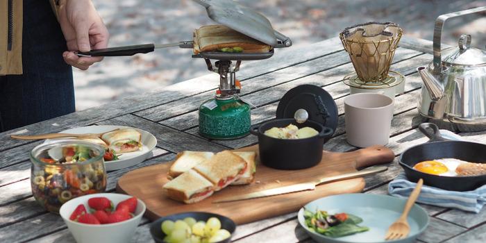 キャンプやピクニックで映える!おしゃれなアウトドア食器【29選】