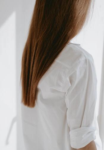 今の髪型が本当に似合っているのか、案外自分ではわからないもの。そんなときには、思い切ってばっさりと切ってみるのも手。凛とした大人の『ショートボブ』は、40代だからこそ似合うヘアスタイルなんです。