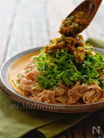 大根おろしが入ったさっぱりダレが夏には特に嬉しいレシピ。ちょっと食欲がない日にも食べられそうな一品です。