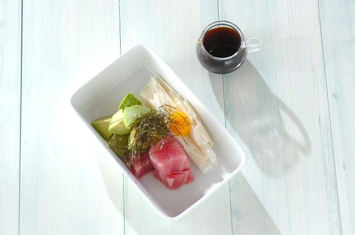 「切る、盛り付ける」という、とてもシンプルで簡単、そして美味しいこの組み合わせ。このシンプルで簡単、手軽に素材ならではの美味しさを味わってみてはいかがでしょうか。相性の良い大和芋のとろとろ&シャキシャキ感が絶品です。