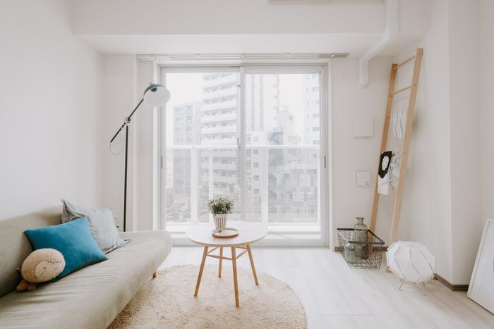 ホワイトのベースカラーは、取り込んだ光を拡散させ、お部屋を明るく広々と見せてくれます。