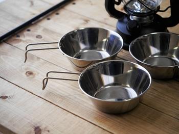 アウトドアの必需品「シェラカップ」の使い方・選び方・活用レシピ