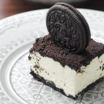 しっとりとしたケーキがお好みなら、冷蔵庫で冷やす時間を長くしてみてください。よりしっとりとした生地に仕上がりますよ。
