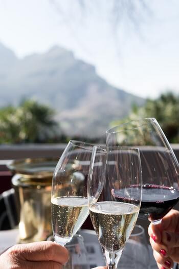 ステムの長さで選んでみない?普段使いしやすい「ワイングラス」