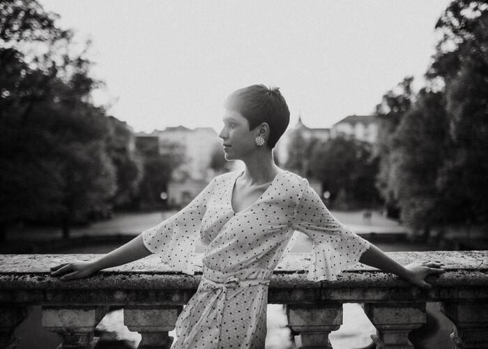 夏は軽やか&涼やかに♪大人女子のための『マシュマロショートヘア』のスタイル案内