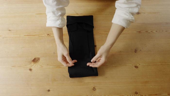 STEP④ 裾を半分まで折る