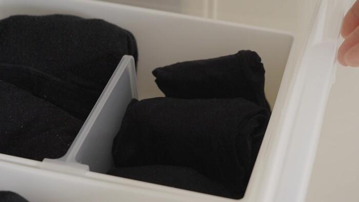 ストッキングやタイツは詰め込み注意!伝線や繊維ヨレを避けるためにゆとりを持たせて収納しましょう。