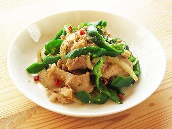 しっかりした味付けなので、ご飯との相性が良さそうな炒め物。スタミナ不足の時や、時短でしっかりボリュームのあるものを、と思った時にはこちらがおすすめです。