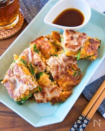 豚肉×チーズ×キムチの最高な組み合わせ!食べ応え抜群ですが、ぺろりと平らげてしまいそう。豚肉はカリッと焼き上げるのがポイント!