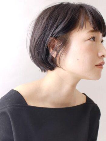 日本人の多くの人が生まれつき持っている黒髪。黒髪を生かすメイクができれば、自然体の自分をもっと好きになれそう。毎日のメイクを思いっきり楽しんで、あなた自身の魅力を引き出してみてはいかがでしょうか?
