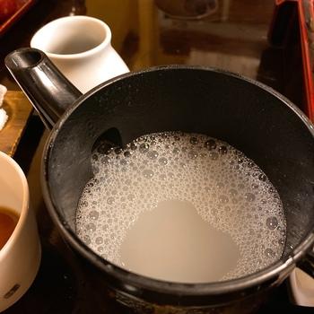 とろりと濃厚な蕎麦湯もぜひ味わってみてくださいね。十割蕎麦ならではの芳醇な香りが口いっぱいに広がりますよ。