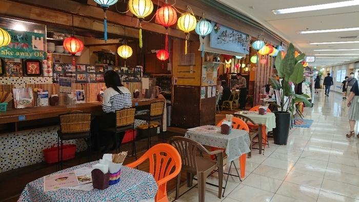 GINZA5の地下にある「KHANHのベトナムキッチン・999」。店名の数字は、1桁の数字のなかで「9」が1番大きいことから、ベトナムではラッキーナンバーとされているそう。ちなみにベトナムの有名ビールブランドは「333」、たばこは「555」とゾロ目のネーミングが多いんですよ。